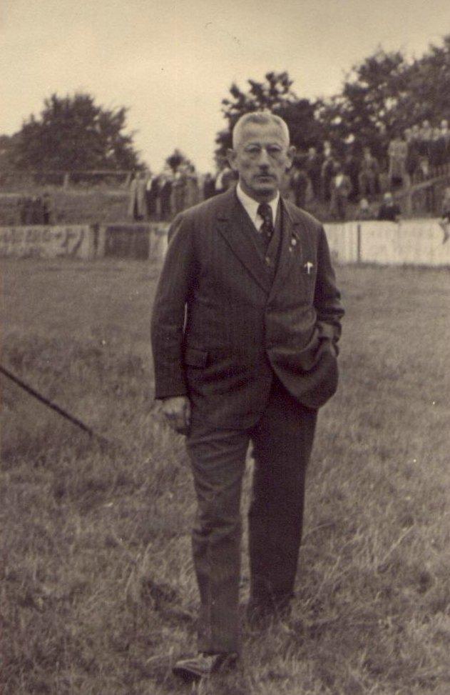 Gugel Heinrich