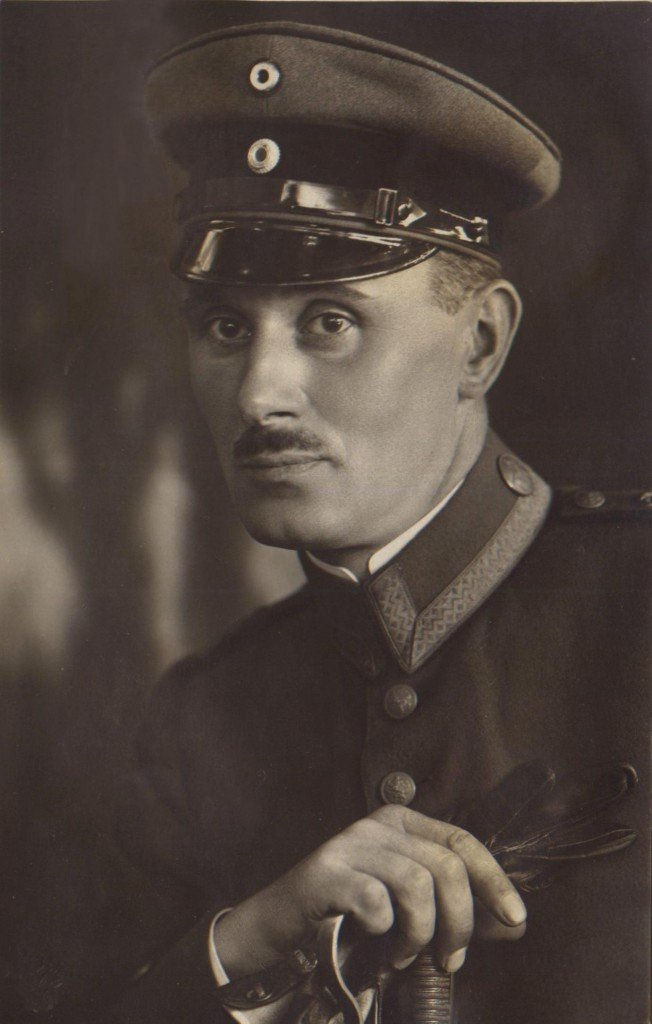 Schoenleben Hans
