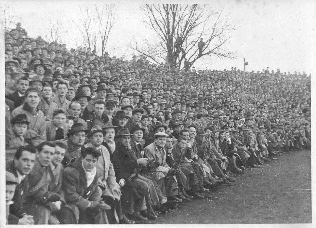 Zuschauermassen im Ronhof: 50er Jahre